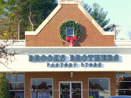 Brook Brothers Factory Store Outlet - Williamsburg Prime Outlets